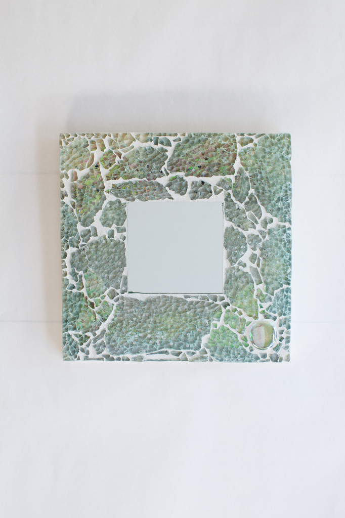 Uncategorized  Mother of Pearl Mosaic Mirror mirrora2-682x1024